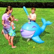 Надувной кит для игры в бейсбол