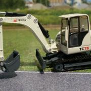 Металлический гусеничный экскаватор Terex TC 75, 1:50